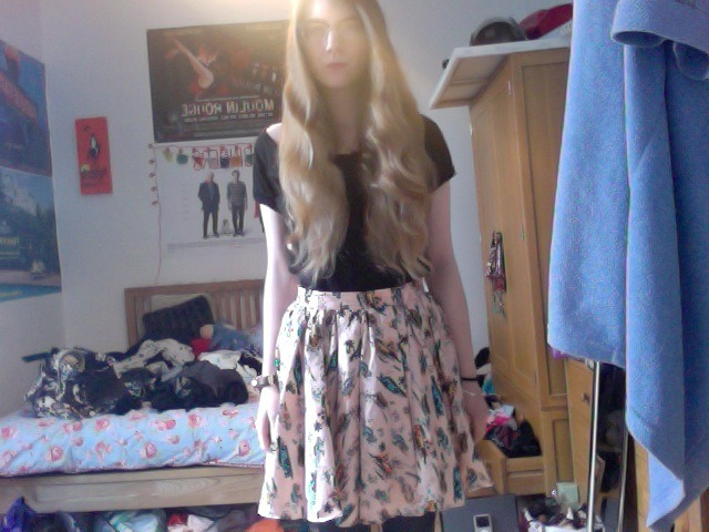 Todays outfit. I like my skirt.