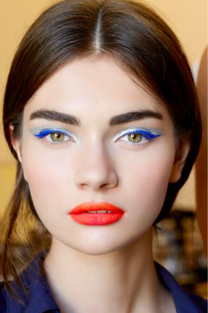 the-vogue-archive:  Makeup @ Dior couture a/w 2012