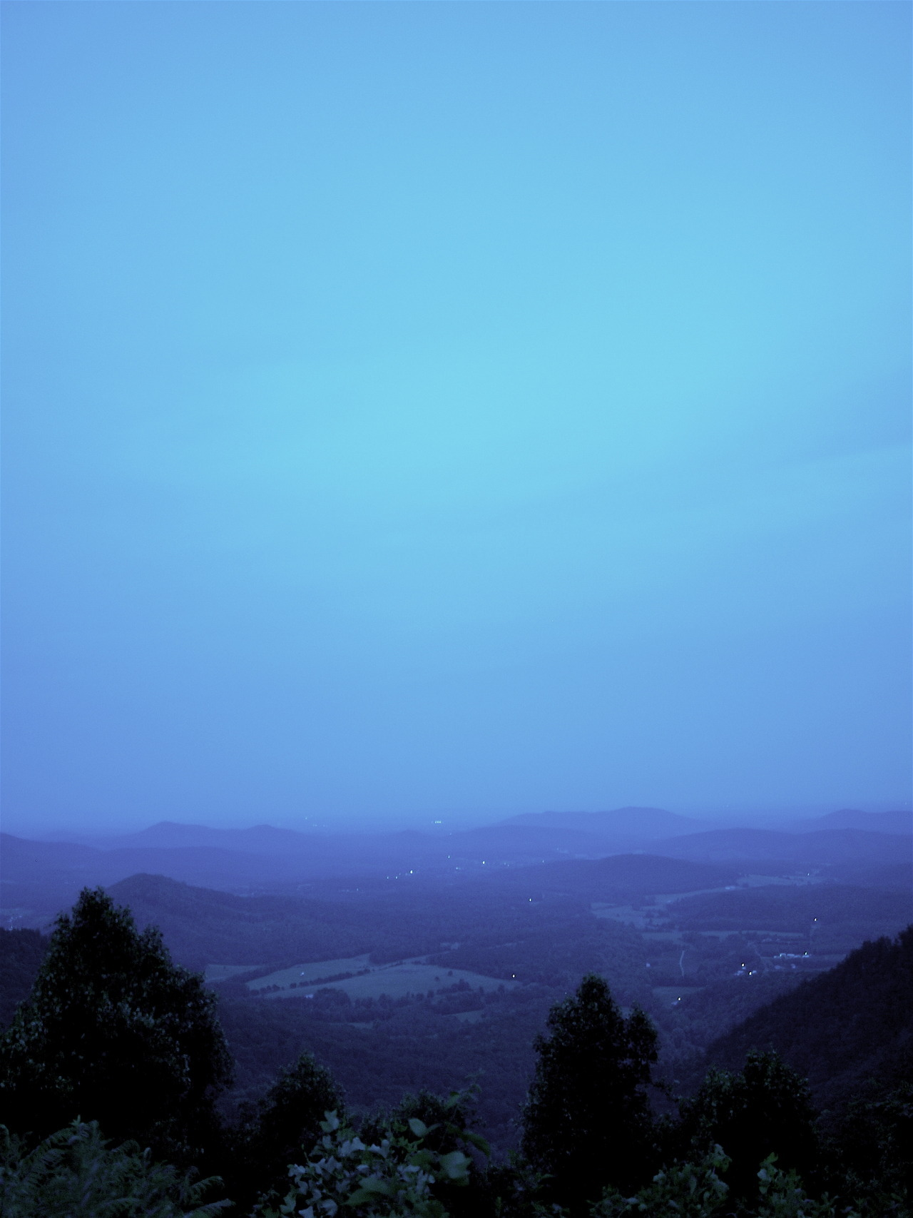 in-north-carolina:  Blue Ridge Parkway, around 8:30 PM on a hot July night. Photography by Ashlie Acevedo (submitted by iamthecatqueen)  needing mountains