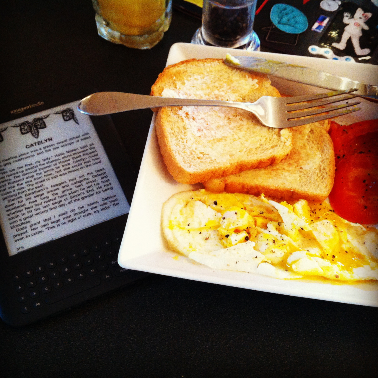 Sunday morning breakfast with a side of kindle.