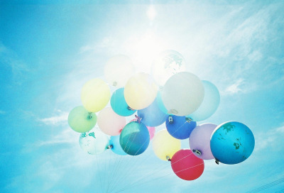 over-ture:  balloooooooooon (by chant0m0)