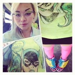 yumeninja:  Neon nerd today! Off to the bridal show with @jennernugen @sheynef #sugarpill #jeremyscott #catwoman #nerd #yumeninja @sugarpillmakeup (Taken with Instagram)