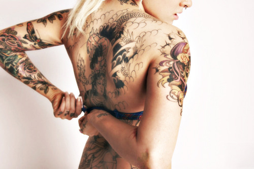 stunning back piece #hotinkedgirls