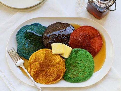 popculturecooking:  Olympic pancakes. (via)