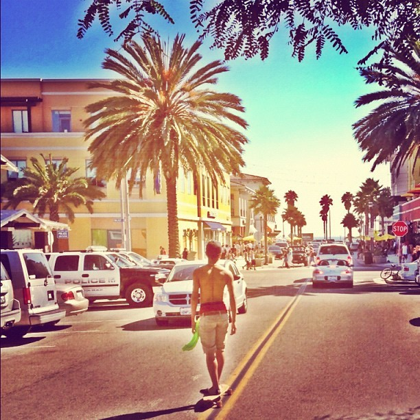 longboarding in Huntington #usopen ( photo creds @jlugo_ ) (Taken with Instagram)