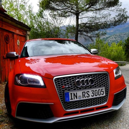 "#Audi #RS3 #Red #Bring #Turbo @SuperStreet ""RT if you want the RS3!"" (Taken with Instagram)"