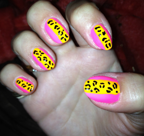 Neon pink & yellow leopard wraps