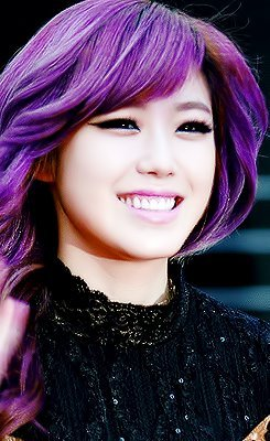 Reblog if you love hyosung♥