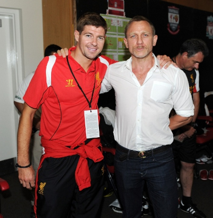 Steven Gerrard meets Mr Bond
