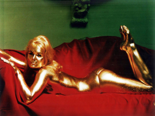 vintagegal:  Shirley Eaton as Bond Girl Jill Masterson in Goldfinger (1964)