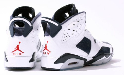 sneakerwinkel:  Air Jordan VI Retro Olympic 'White/Midnight Navy' http://www.sneakerwinkel.nl/air-jordan-6-retro-olympic-pack.html