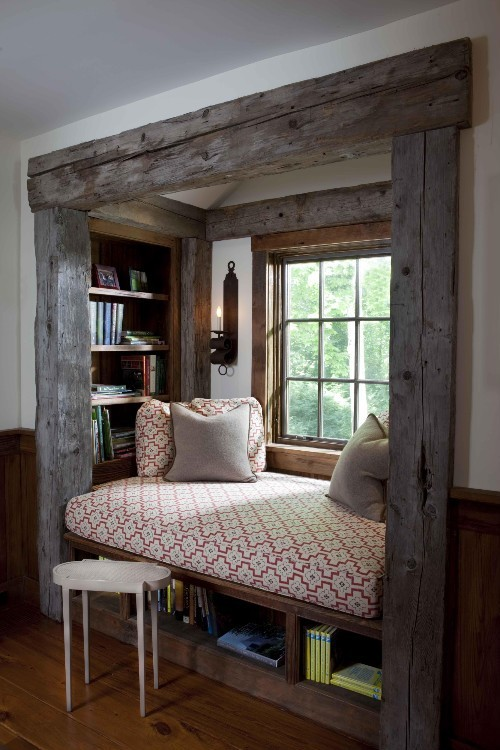 teacoffeebooks:  perfect reading nook  Perfetto per i miei momenti di pausa.