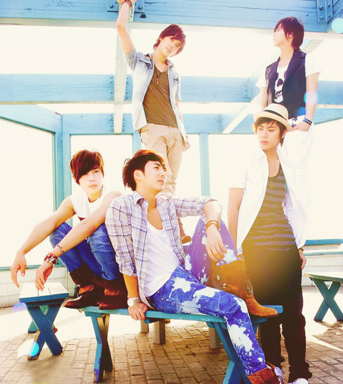 48/50 Pictures of SS501.