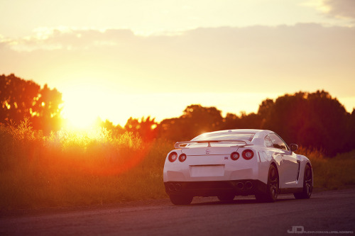 automotivated:  2010 Nissan GTR (by -KillerBlackbird-)