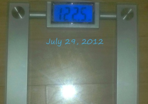 Today's Weight: 122.5 lbs.Total Lost: 15.1 lbs.It's still frustrating seeing this stagnation on the scale once again this morning. I am so drained from my dad being in the hospital, but I worked out Friday night and this morning. I ran over 3 miles both times, so I know the scale will eventually drop. I don't know if it's water weight or not, but I know that as always…if you stay consistent, it'll happen. Sooner than later would be nice though ;)