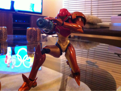 Got back home from Japan to find Samus waiting for me! Rad figure!!!!