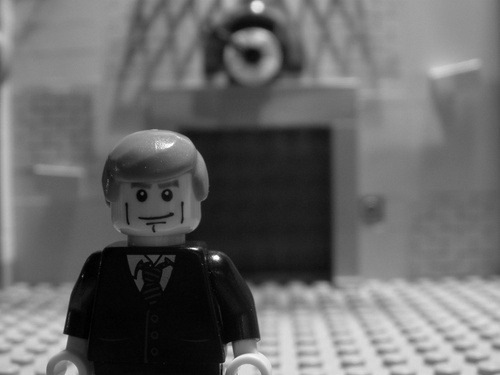 longlivewalt:  Whoever decided to create Lego Rod Serling and re-enact the Tower of Terror video, I salute you!  Indeed.