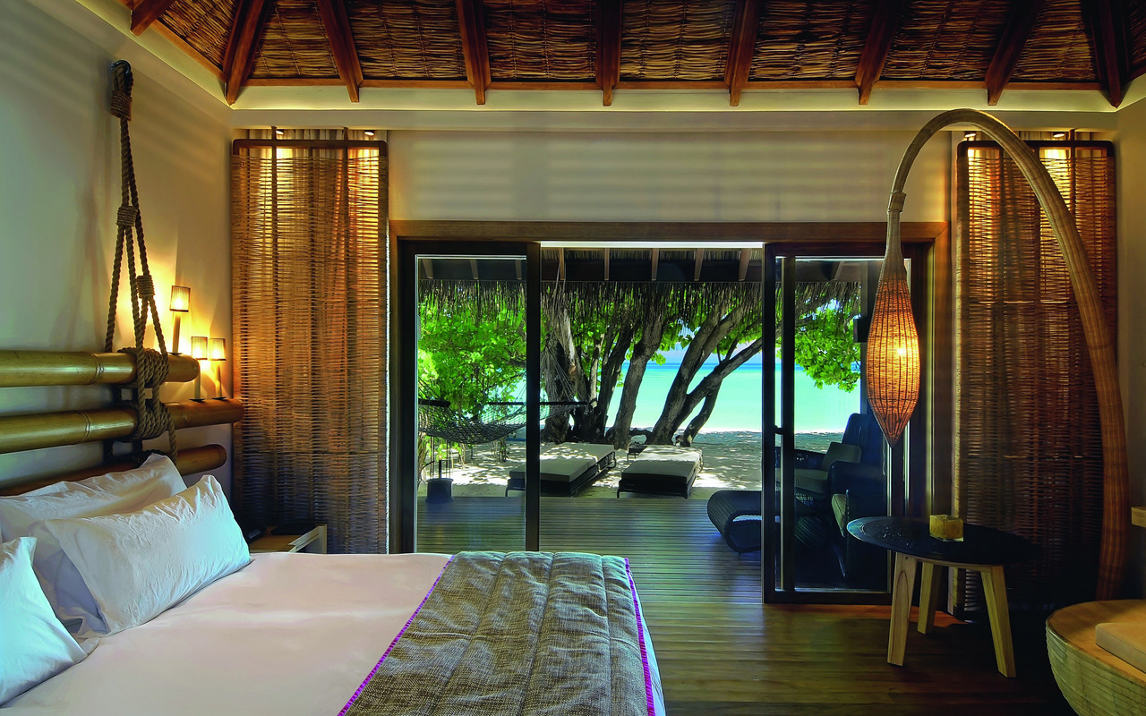 Luxury suite - Anantara Atoll, Maldives.