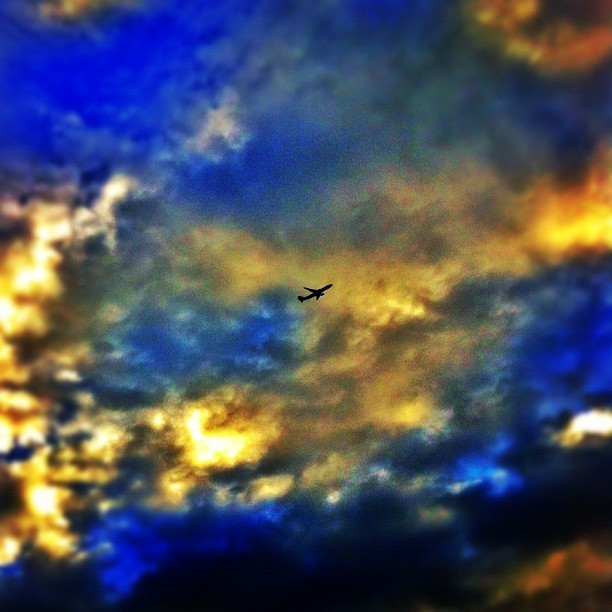 #airplane #latergram #igers #instagood #instamood #iphonegraphy #sky #skyporn #clouds #cloudporn #minneapolis #mpls #twincities (Taken with Instagram at Sky High)