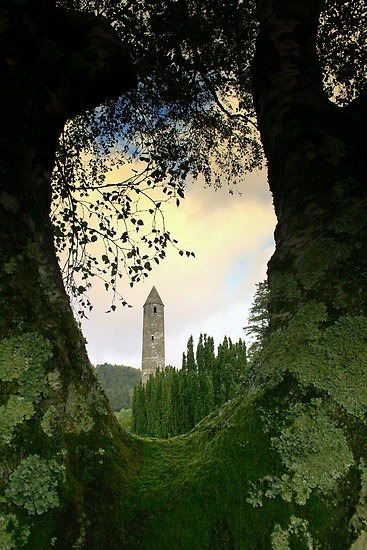 bladeinthenorth:  Glendalough, Ireland