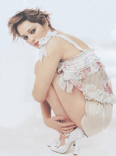suicideblonde:  Marion Cotillard  Diosa. Come To Butthead.