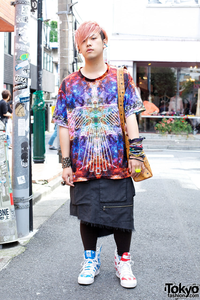 Harajuku guy in colorful 4jigen top w/ items from Popular Sperm Show, Ambush & Phenomenon.