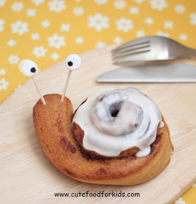 Cinnamon Roll Snails, so cute Breakfast Idea : cute food for kids.