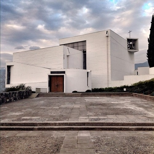 Last look at the Benedictinos Chapel by Correa and Guarda (1962) #santiago #chile #architecture #architexture #architecturalphotography #architecture #archdaily #iphonesia #instagood  (Taken with Instagram)