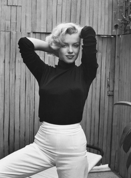life:  Hello Marilyn Monroe fans, In honor of the 50th anniversary of Marilyn Monroe's death (August 5th), we'll be bringing you some incredible images of Marilyn that appeared in the pages of LIFE magazine. Stay tuned, we think you'll like what you see — starting with this gallery of Marilyn Monroe at home by LIFE's Alfred Eisenstaedt. Weigh in: What's your favorite film Marilyn Monroe starred in?