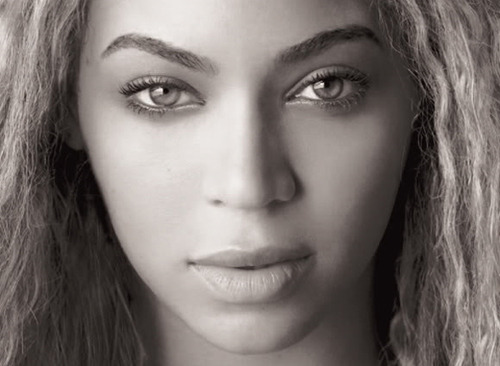 Beyonce is beautiful and her brows are perfect!