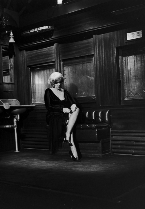 orsons:  Marilyn Monroe adjusts her stocking while a new take of her scene in Some Like It Hot (1959) is called.