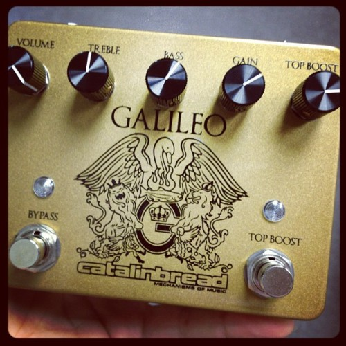 In for review: Catalinbread Galileo, a Pro Guitar Shop exclusive. Brian May Vox-in-a-box? We'll see! (Taken with Instagram)