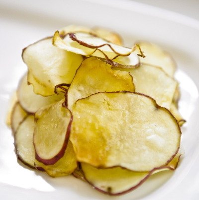 Super Easy Baked Potato Chips
