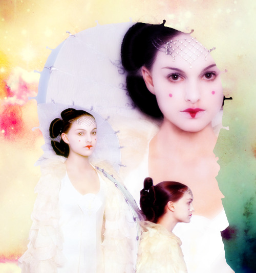 pasikonik:  Padme in her most beautiful outfit from The Phantom Menace.