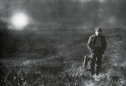 wehadfacesthen:  George O'Brien in Sunrise: A Song of Two Humans (FW Murnau, 1927) via onethousandmovies