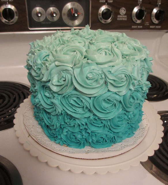 delici0us-desserts:  (via Teal Ombre Cake | Flickr - Photo Sharing!)