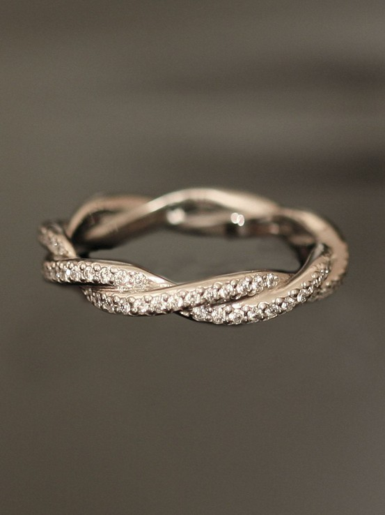 (via Shower Me With Jewels / Platinum Double Twist Eternity Band.)