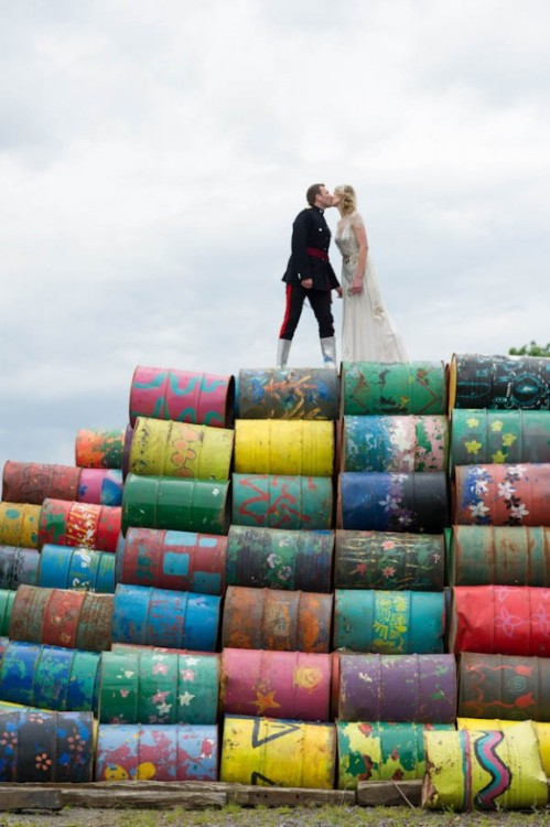 bridalsnob:  Creative wedding shot