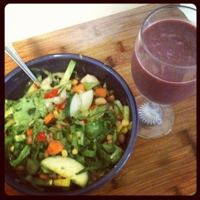 Bean cucumber salad with Açaí juice (Taken with Instagram)