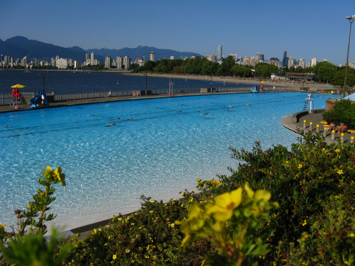 Kits Beach Pool by Wynonna on Flickr.hmmm, csobbannék!