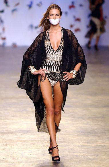 Alessandra Ambrosio at Brazilian Fashion Week SS 2004