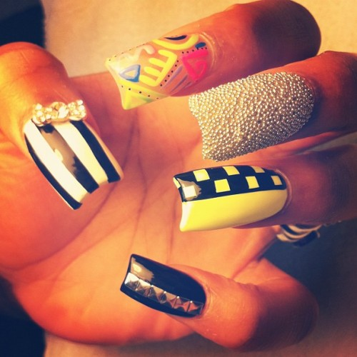 #studs #bows #referee #stripes #beetlejuice #checkerboard #caviar #nailartaddicts #random #freestyle #3D #instagram  (Taken with Instagram)
