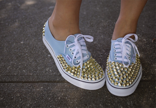 monsterofcookie:  Studded Vans.Epic.