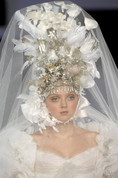 stylejourno:  lily cole for christian lacroix '07