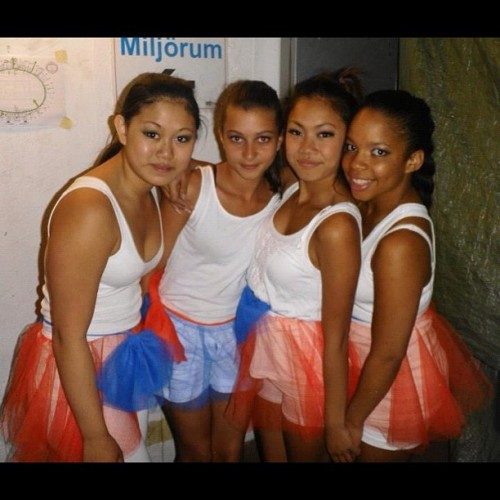 Tb gothia! #girls#dancers#gothiacup#coldplay#dance#smile#sexi#beautiful#white#criola#asian#gothenburg#sweden#2012  (Taken with Instagram)