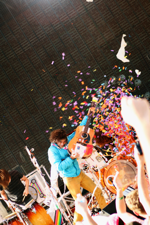 the-portmanteau:  Pop!, The Flaming Lips, Handy Park, Memphis, TN, 2012 A little break from the Forecastle pics to post one from a set I should have had edited by now.