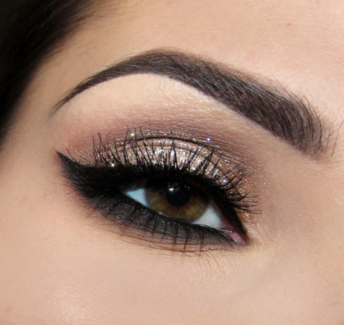 We love Joanna F.'s glittery smoky eye!