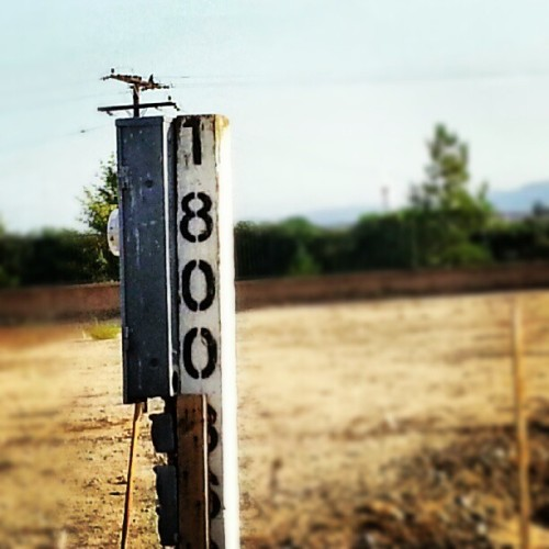 Im ADDICTED to Instagram. How do i know? Well i just took a picture of a post… (Taken with Instagram)