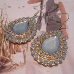 Avila Teardrop Earrings in Mint