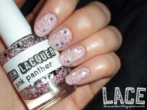 glitter sandwich featuring lush lacquer pink panther! read more about this mani here!